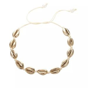 🍒3/$30 New Gold Shell Collar Necklace